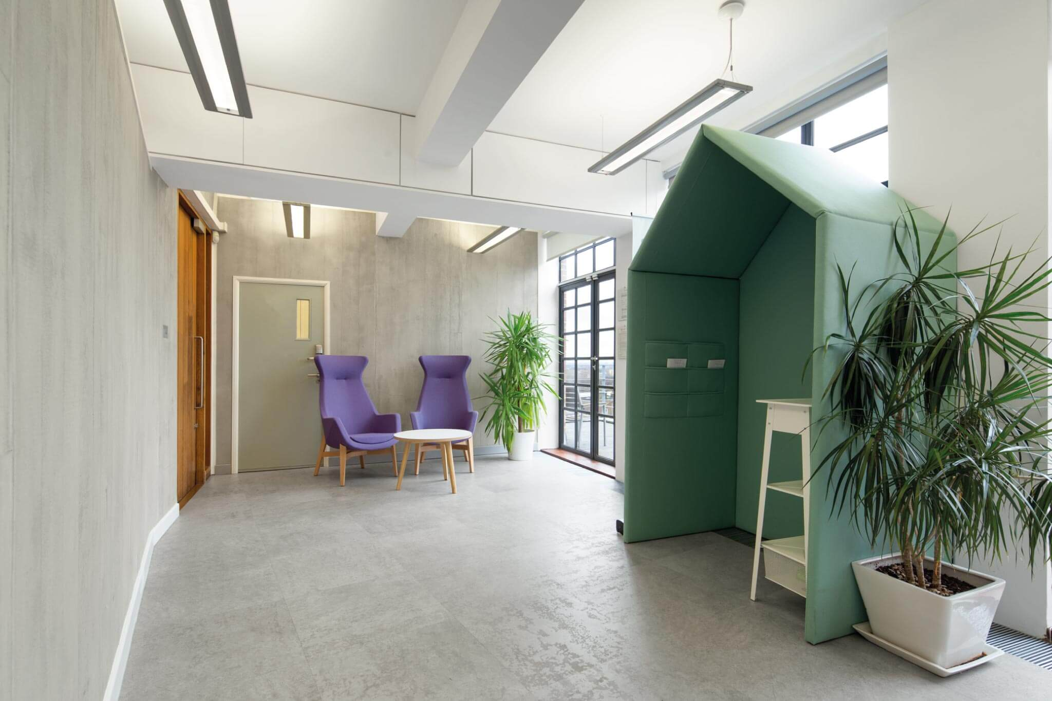 Servelec---London---Dale-Office-Interiors----Breakout-Areas--2019