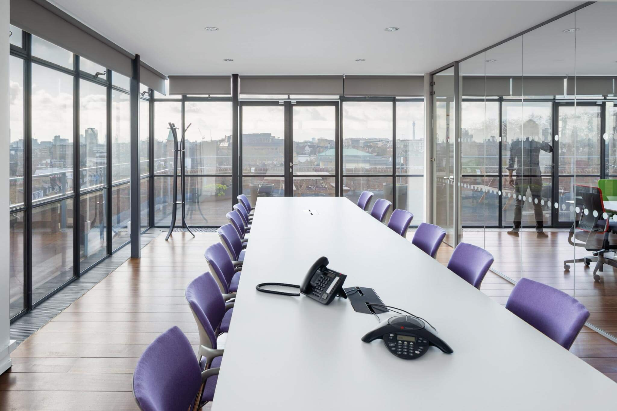 Servelec---London---Dale-Office-Interiors---Office
